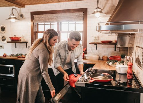 Loch Electronics capsule dishwasher couple